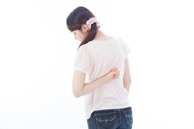 就寝中の腰痛は放置すると危険!3つの方法で改善を!